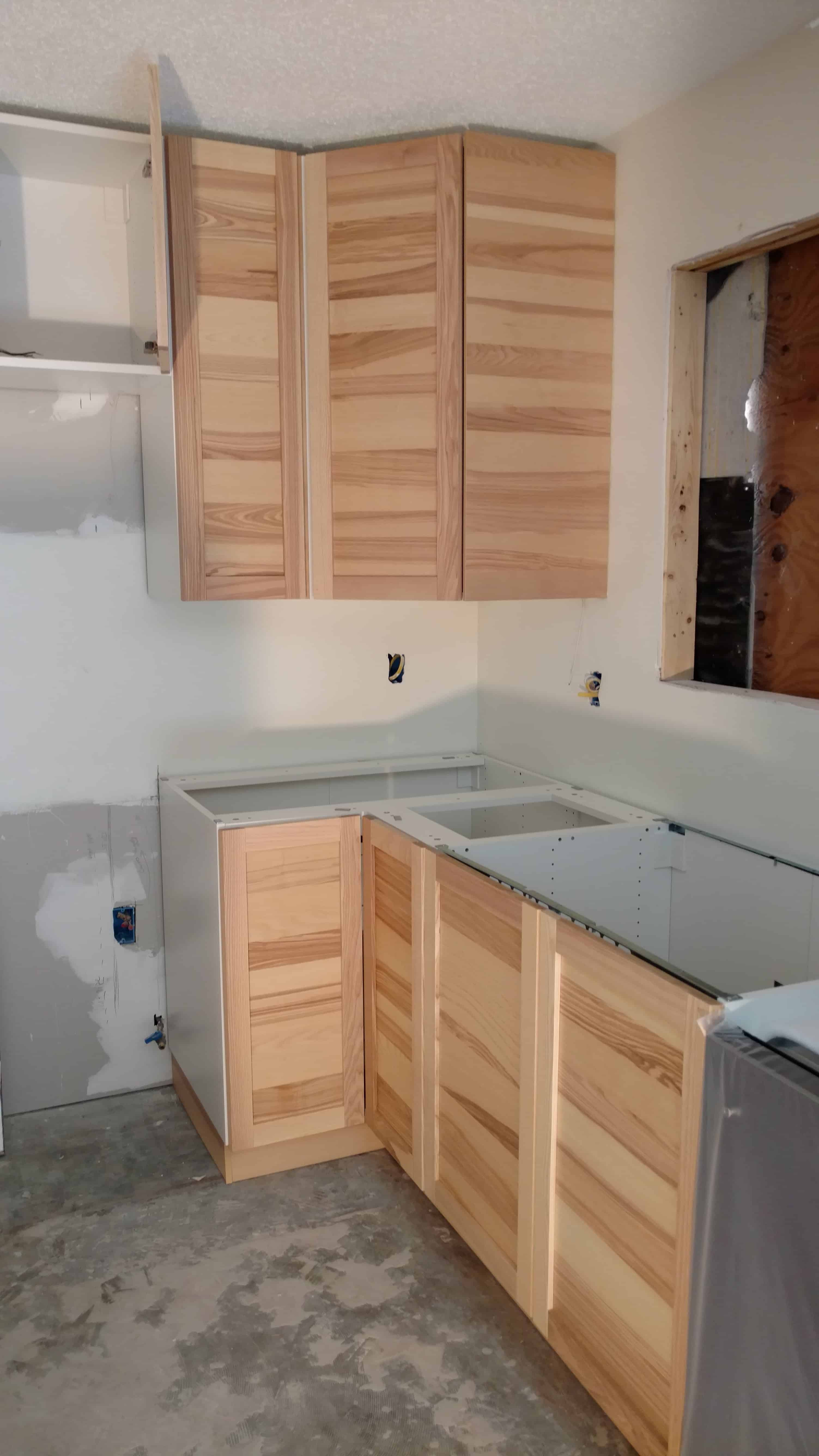 Ikea installation service gainesville fl for Ikea kitchen cabinets assemble yourself